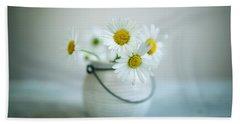 Daisy Flowers Hand Towel