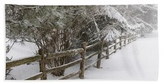 Rural Winter Scene With Fence Bath Towel