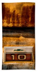 Rusted C10 Hand Towel