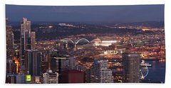 Seattle Skyline With Mount Rainier And Downtown City Lights Hand Towel