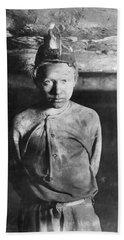 Hine Child Labor, 1908 Hand Towel