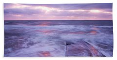 Ballyconnigar Strand At Dawn Bath Towel