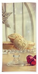 Mince Pies Bath Towel