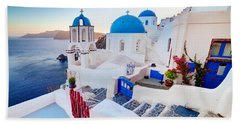 Oia Town On Santorini Greece Bath Towel
