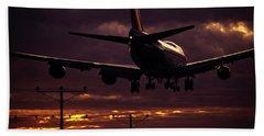 747 Landing At Lax, Los Angeles, Ca Bath Towel