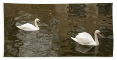Bath Towel featuring the photograph A Pair Of Swans Bruges Belgium by Imran Ahmed