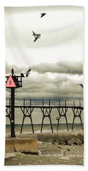Algoma Pierhead Lighthouse Bath Towel