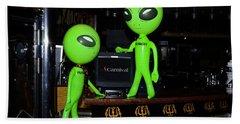 Alien Monitor Repair Bath Towel