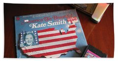 Hand Towel featuring the photograph American Music by Michael Krek