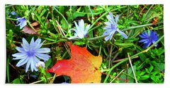 Bath Towel featuring the photograph Autumns First Leaf by Jackie Carpenter
