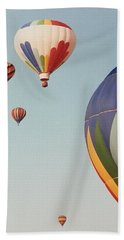 Hand Towel featuring the photograph Balloons High In The Sky by Belinda Lee