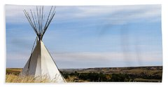Hand Towel featuring the photograph Blackfoot Teepee by Alyce Taylor