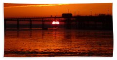Bath Towel featuring the photograph Blazing Sunset by Vicki Spindler