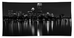 Boston Skyline By Night - Black And White Bath Towel
