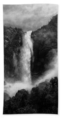 Bridalveil Falls Bath Towel