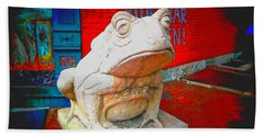 Hand Towel featuring the photograph Bull Frog Painted by Kelly Awad