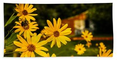 Bumble Bee On A Western Sunflower Bath Towel