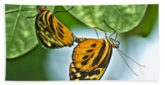 Bath Towel featuring the photograph Butterflies Mating by Thomas Woolworth