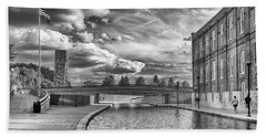 Bath Towel featuring the photograph Canal Walk by Howard Salmon
