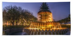 Charleston Pineapple Fountain Hand Towel