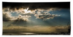 Hand Towel featuring the photograph Chick's Beach Morning by Angela DeFrias