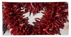 Hand Towel featuring the photograph Chili Pepper Heart by Kerri Mortenson