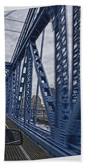 Bath Towel featuring the photograph Cincinnati Bridge by Daniel Sheldon