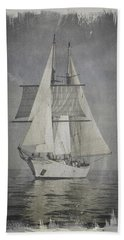 Clipper Under Sail Hand Towel