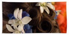 Close-up Of Flowers In A Brides Hair Hand Towel