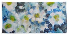Cluster Of Daisies Hand Towel by Richard James Digance