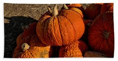 Hand Towel featuring the photograph Knarly Pumpkin by Michael Gordon
