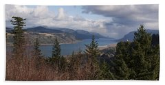 Hand Towel featuring the photograph Columbia Gorge by Belinda Greb