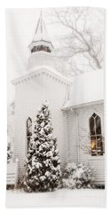 Bath Towel featuring the photograph White Christmas In Maryland Usa by Vizual Studio