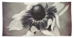 Coneflower In Monochrome Bath Towel