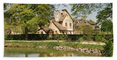 Hand Towel featuring the photograph Cottage In The Hameau De La Reine by Jennifer Ancker
