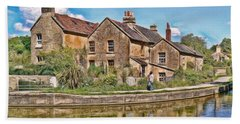 Bath Towel featuring the photograph Cottages At Avoncliff by Paul Gulliver