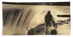 Couple At Niagara Falls, 1860s Bath Towel