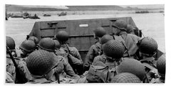 D-day Soldiers In A Higgins Boat  Hand Towel