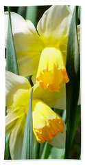Bath Towel featuring the photograph Daffodil Hug by Kristen Fox