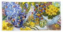 Daffodils Antique Jugs Plates Textiles And Lace Bath Towel