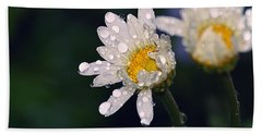 Daisies In The Rain Bath Towel