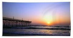 Hand Towel featuring the photograph Daytona Sun Glow Pier  by Tom Jelen