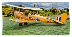 Bath Towel featuring the digital art De Havilland Dh82 Tiger Moth by Paul Gulliver