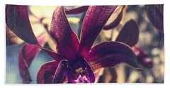 Dendrobium Black Spider Orchid Hawaii Bath Towel