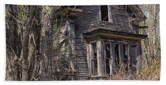 Hand Towel featuring the photograph Derelict House by Marty Saccone