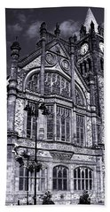 Bath Towel featuring the photograph Derry Guildhall by Nina Ficur Feenan