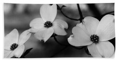 Dogwood Black And White Bath Towel