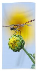 Dragonfly In Sunflowers Bath Towel