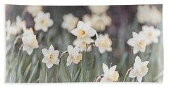 Dreamy Daffodils Bath Towel