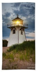 Dusk At Covehead Harbour Lighthouse Hand Towel